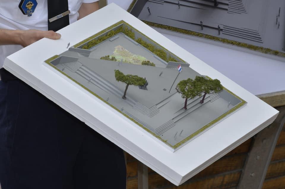 Inauguration du Monument OPEX au parc André Citroën le 11 novembre 2019